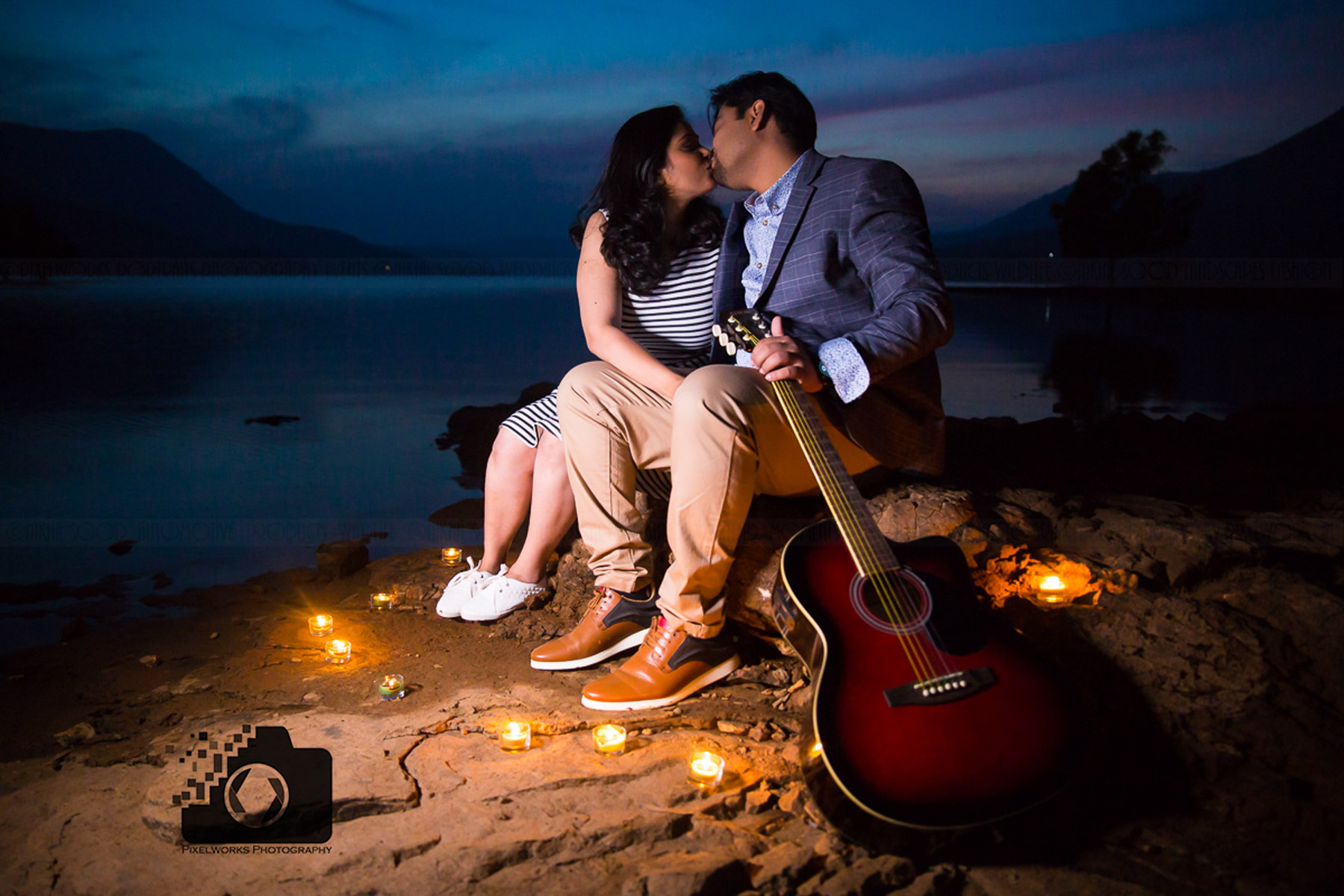 pre wedding shoot trends 2018 candle romance